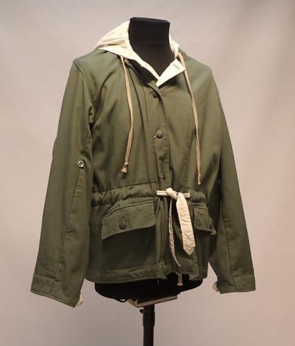 Wehrmacht toppatakki, vihreä/valkoinen, repro, ylijäämä, Medium