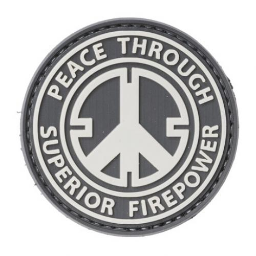 Peace Through Superior Firepower PVC-moraalimerkki