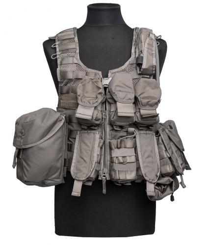 Ruotsalainen SVS 12 taisteluliivi taskuilla, vihreä, ylijäämä