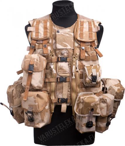 Brittiläinen Osprey taisteluliivi taskuilla, Desert DPM, ylijäämä